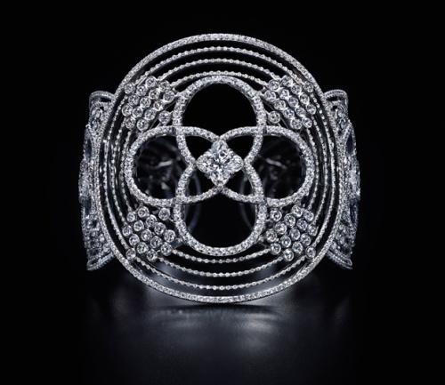 Louis-Vuitton-Les-Ardentes-bracelet